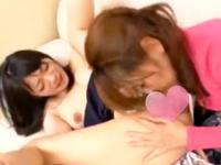 【レズ】年頃になった女子校生の娘をいたぶりながら強引に愛撫しちゃうイケナイ変態お母さんのハードレズ FC2女性のための無料アダルト動画