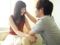 九州弁の喋り方がチャーミングなアイドル系の女の子が優しいくて爽やかなイケメンお兄さんに可愛がられながら幸せそうに絡み合っちゃうイチャイチャSEX FC2女の子のための無料 H 動画