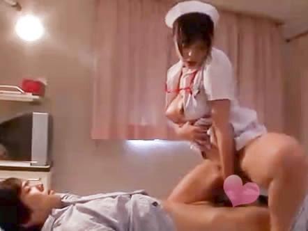 鈴木一徹 巨乳人妻ナースが入院中の息子のイケメン男子が気にいってしまい夜の病室で誘惑しちゃうイケナイ禁断エッチ 裏アゲサゲ女性専用安心安全無料アダルト動画