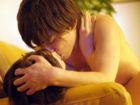 鈴木一徹 エロかわギャルな若妻が隣に住む若いイケメン男のモッコリ股間に発情して自宅に連れ込み浮気セックス 桜りお JavyNow 女性専用安心安全無料アダルト動画
