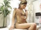スタイル抜群なギャルお姉さんが締りのある美しい身体をスケベな男性マッサージ師にエッチに刺激されて中出しセックス懇願 AIKA FC2 女性専用無料エロ動画