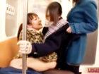 【レズ】通学中の電車で女子校生にイタズラしてパンツでお口を塞ぎながらペニバンまで入れちゃう痴女レズビアンお姉さんの大胆エッチ Pornhub女性向け無料アダルト動画