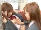 【レズ】仲良しの同級生の女の子と電車の中でジャレ合ってる内にキスから始まりレズエッチに発展しちゃう可愛いアイドル系女子校生 成瀬心美(ここみん) XVIDEOS 女性のための無料アダルト動画