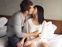 大沢真司 清純系な美少女彼女を優しくキスしながらリードしていっぱい感じさせてあげる年上のイケメン彼氏のイチャラブエッチ 裏アゲサゲ女性専用無料エロ動画