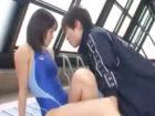 鈴木一徹 イケメン水泳コーチに特別トレーニングと言われてセクハラな性感マッサージを受ける競泳水着の女の子がそのままプールサイドでSEXされちゃう 七海なな erovideo 女性向け無料アダルト動画