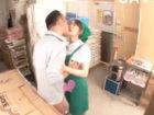 スーパーで働く若いパートの奥さんが不倫相手の店長とバックヤードで内緒のドキドキ浮気エッチ 裏アゲサゲ 女性のための無料アダルト動画