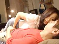 小田切ジュン 美人な姉が寝てる義弟の部屋に忍び込みエッチに誘惑しちゃう禁断の夜這いセックス erovideo女の子のための無料 H 動画