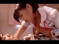 夜勤のセクシー看護婦さんが入院中のイケメン男性患者を上から目線で痴女ってナース服を着たまま積極的に跨り淫れちゃう女性主導エッチ 女性向け無料アダルト動画