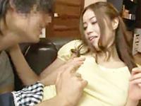 タツ 浪人生のイケメン青年が幼馴染のお姉さんのノーブラおっぱいに悩殺されてガマンできずに胸元を貪り夢中でエッチしちゃう JavyNow 女性のための無料アダルト動画