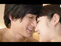 有馬芳彦 寝起きの彼の大好きな可愛いお顔にチュッチュして甘えながら朝からラブラブHに誘っちゃうキュートな彼女さん みづなれい ShareVideos 女の子のための無料H動画